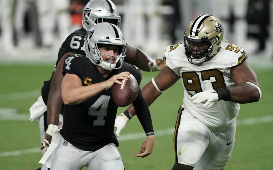 Raiders sparkle in Las Vegas debut, rally to dump Saints
