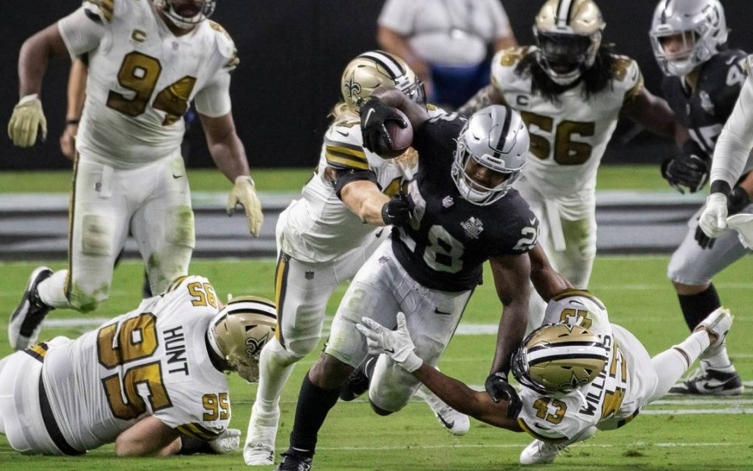 Past meets present for Raiders in taking down Saints