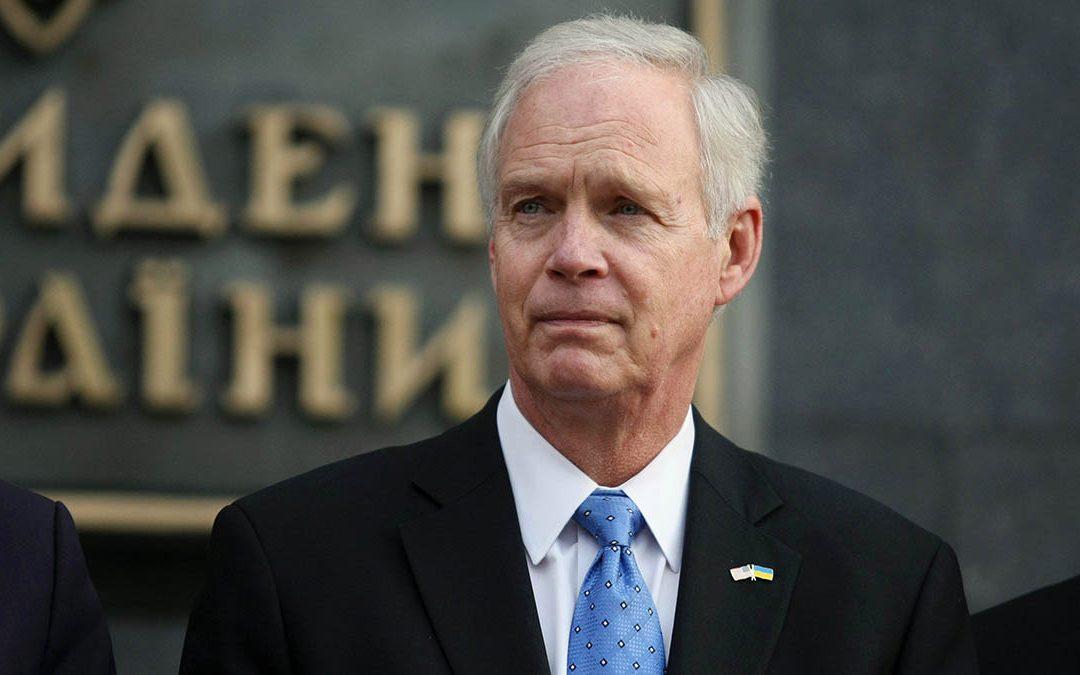 Sen. Ron Johnson presses Wray on validity of Hunter Biden laptop claim