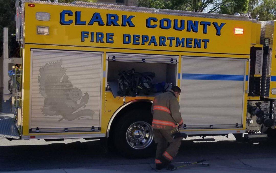 1 dead in house fire in east Las Vegas