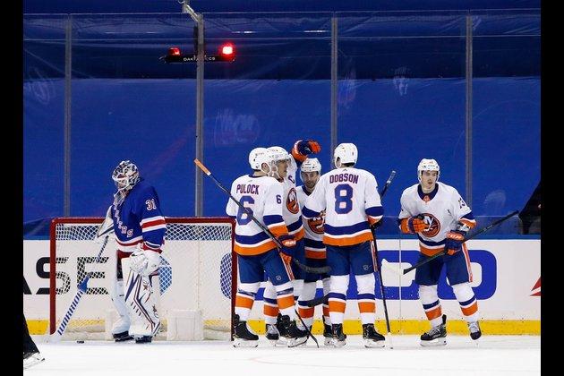 Islanders blank Rangers, 4-0
