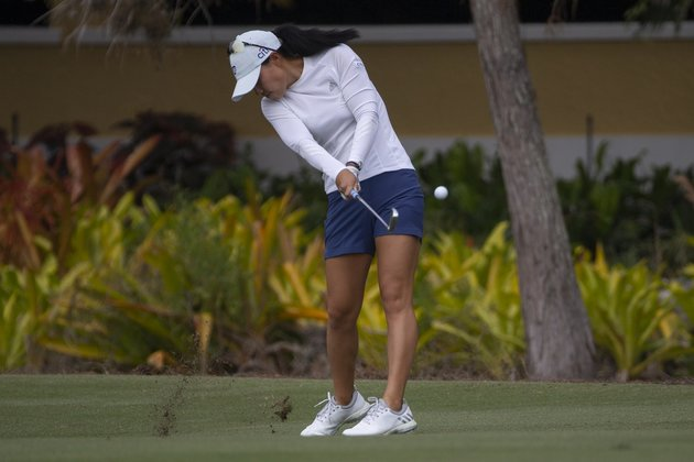 Bogey-free Danielle Kang extends her lead at Tournament of Champions