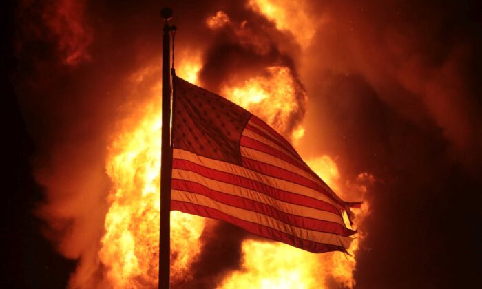 One Party Rule: Ideological Alignment Pushing America Toward Totalitarianism, Experts Warn