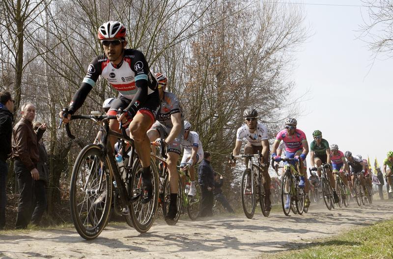 Paris-Roubaix cycling race postponed due to COVID-19 – Le Parisien