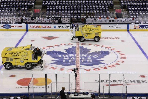 Former Maple Leafs F Miroslav Frycer dies at 61