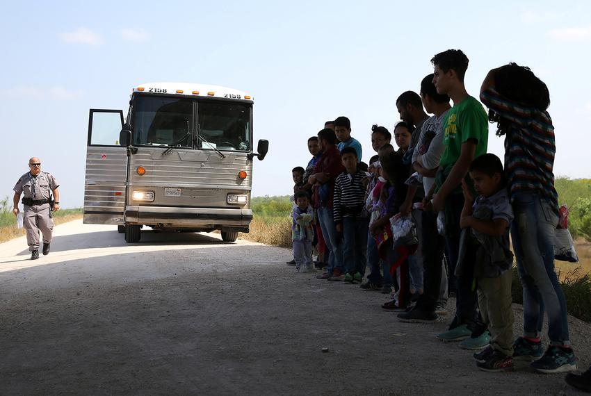 Polls: Joe Biden's Migration Flips Swing Districts to GOP