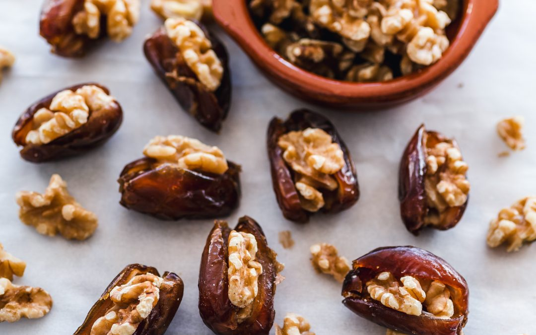 Sweet, chewy and good for you: 10 Health benefits of dates (plus recipe)