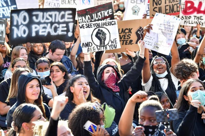 Florida Lawmakers Approve 'Anti-Riot' Combating Public Disorder Bill