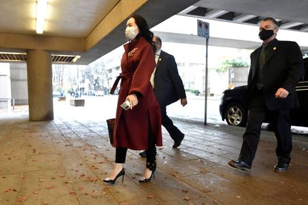 Canada police supervisor relayed 'strong suggestion' to arrest Huawei CFO on plane, court hears