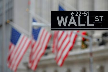 Analysis: Dow cracks 30,000, a psychological boost during a pandemic