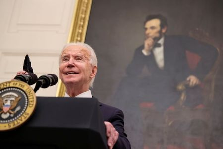 tagreuters.com2021binary_LYNXMPEH0L1HM-VIEWIMAGE Biden, citing 'economic imperative,' orders faster relief checks, more food aid Politics Top Stories U.S. [your]NEWS