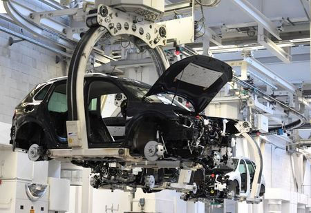 tagreuters.com2021binary_LYNXMPEH0N040-VIEWIMAGE Germany urges Taiwan to help ease auto chip shortage Business [your]NEWS
