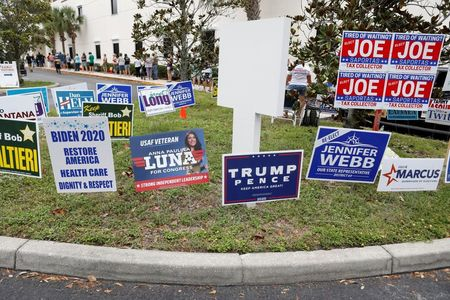 tagreuters.com2020binary_LYNXMPEG9R1ZY-VIEWIMAGE Trump pulls statistically even with Biden in Florida; Arizona is a dead heat: Reuters/Ipsos Politics Top Stories [your]NEWS