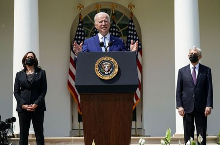 tagreuters.com2021binary_LYNXMPEH371IU-VIEWIMAGE Biden announces steps to limit U.S. 'ghost' guns, plans to tackle assault weapons Featured Politics Top Stories [your]NEWS