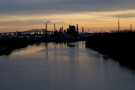 13 U.S. refineries exceeded emissions limits for cancer-causing benzene in 2020 -report