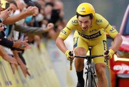 Cycling: Trek-Segafredo lift suspension of Simmons – report