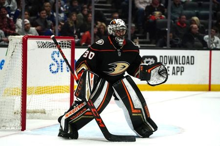 Ducks re-sign G Miller to one-year deal