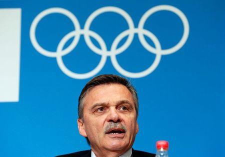 Ice hockey-IIHF president to meet Belarus' Lukashenko to discuss 2021 world championship – RIA