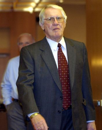 John Muckler, Stanley Cup winning-coach, dies at 86