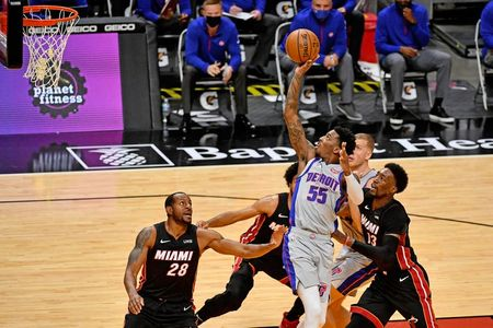 tagreuters.com2021binary_LYNXMPEH0I084-VIEWIMAGE NBA: Heat halts three-game skid with win over Pistons Basketball Sports [your]NEWS