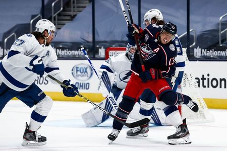 tagreuters.com2021binary_LYNXMPEH0N025-VIEWIMAGE NHL roundup: Jets rally for four goals in 3rd to defeat Sens Hockey Sports [your]NEWS
