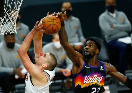 NBA roundup: Nuggets overcome Suns in double OT