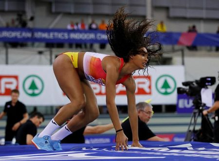 Spanish long jumper loses chance of win after officials' mistake