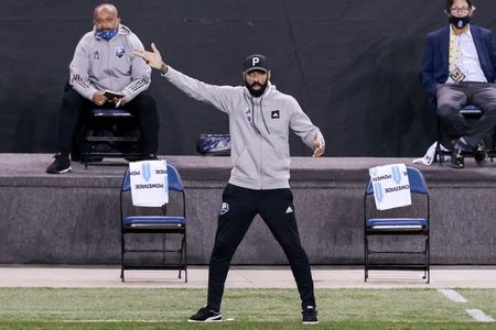 Thierry Henry steps down as coach of CF Montreal