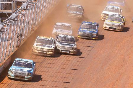 Martin Truex Jr. wins NASCAR Trucks race on dirt at Bristol