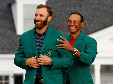 Woods serves up laugh ahead of Masters Champions Dinner