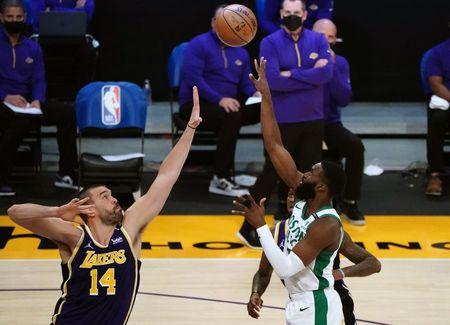 NBA roundup: Jaylen Brown scores 40 as Celtics dump Lakers