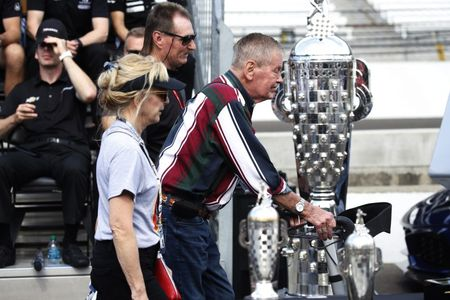 Motor racing-Bobby Unser, three-time Indy 500 winner, dies at 87
