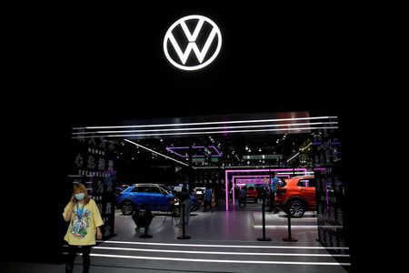 tagreuters.com2021binary_LYNXMPEH0N08S-VIEWIMAGE Chip shortage to hit production at some Volkswagen plants in February Business [your]NEWS
