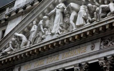 Wall Street sinks 3%, Dow at late July lows as pandemic surges