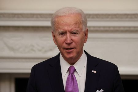 tagreuters.com2021binary_LYNXMPEH0M0BY-VIEWIMAGE U.S. to reverse Trump's 'draconian' immigration policies, Biden tells Mexican president Politics Top Stories [your]NEWS