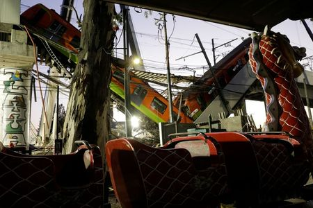 tagreuters.com2021binary_LYNXMPEH430N9-VIEWIMAGE Mexico promises justice after metro train line collapse kills 24 World [your]NEWS