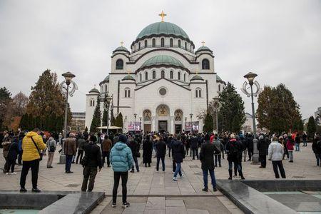 tagreuters.com2020binary_LYNXMPEGAL098-VIEWIMAGE Hundreds gather to bury Serbia's Patriarch, despite coronavirus surge World [your]NEWS