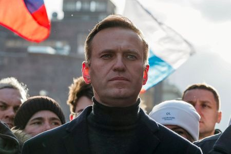 Kremlin critic Alexei Navalny could face 3.5 years in jail on return to Russia: lawyer