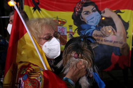 tagreuters.com2021binary_LYNXMPEH4317Y-VIEWIMAGE COVID-19 lockdown rebel wins Madrid regional election World [your]NEWS