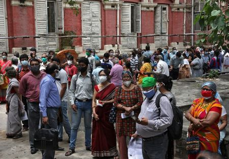 EU countries urged to halt non-essential travel from India